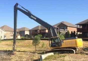 crane excavating